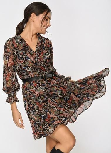 Loves You Şal Desen Anvelop Kapama Çiçek Desenli Şifon Elbise Siyah